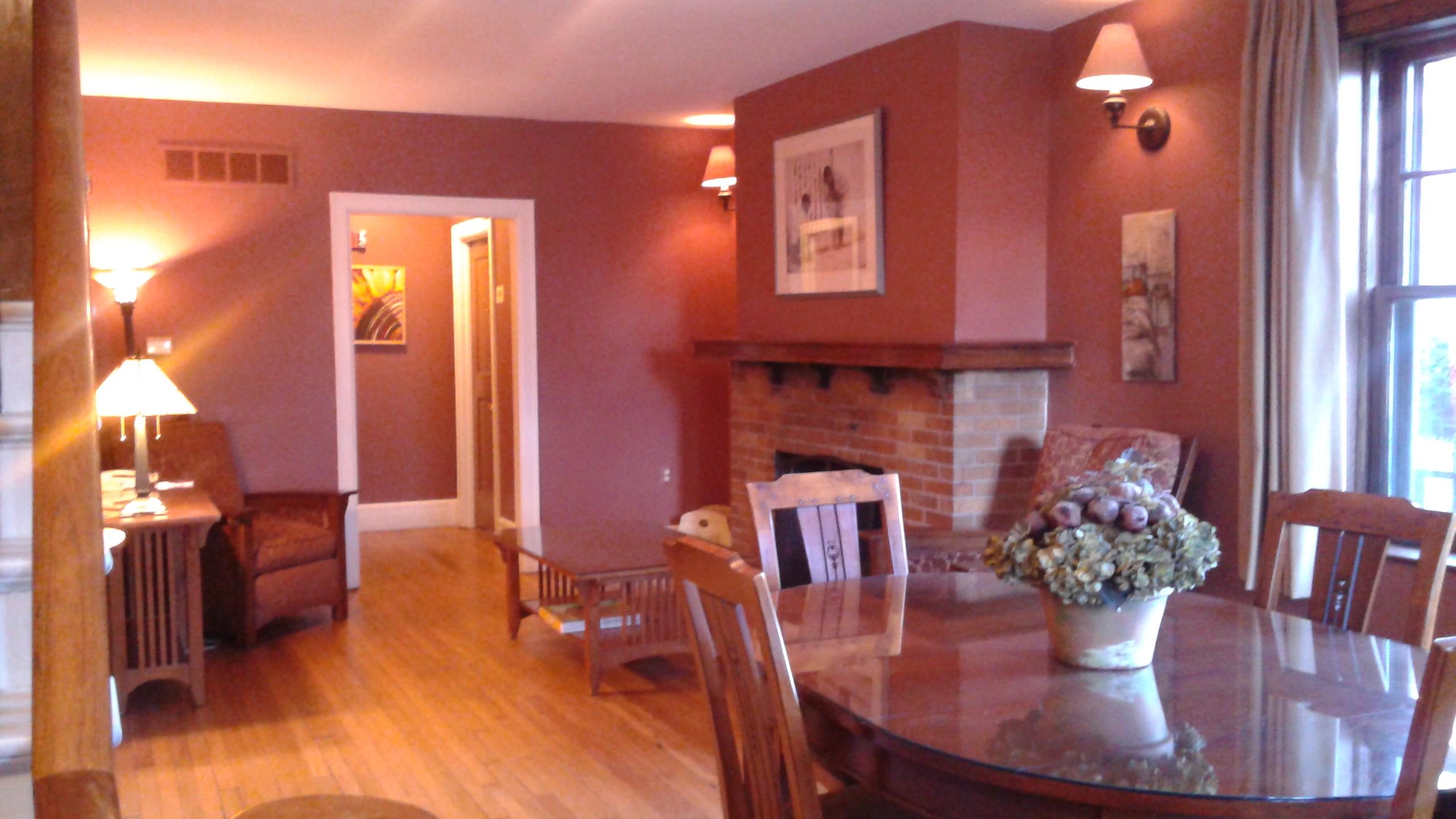 A quaint Victorian sitting room.