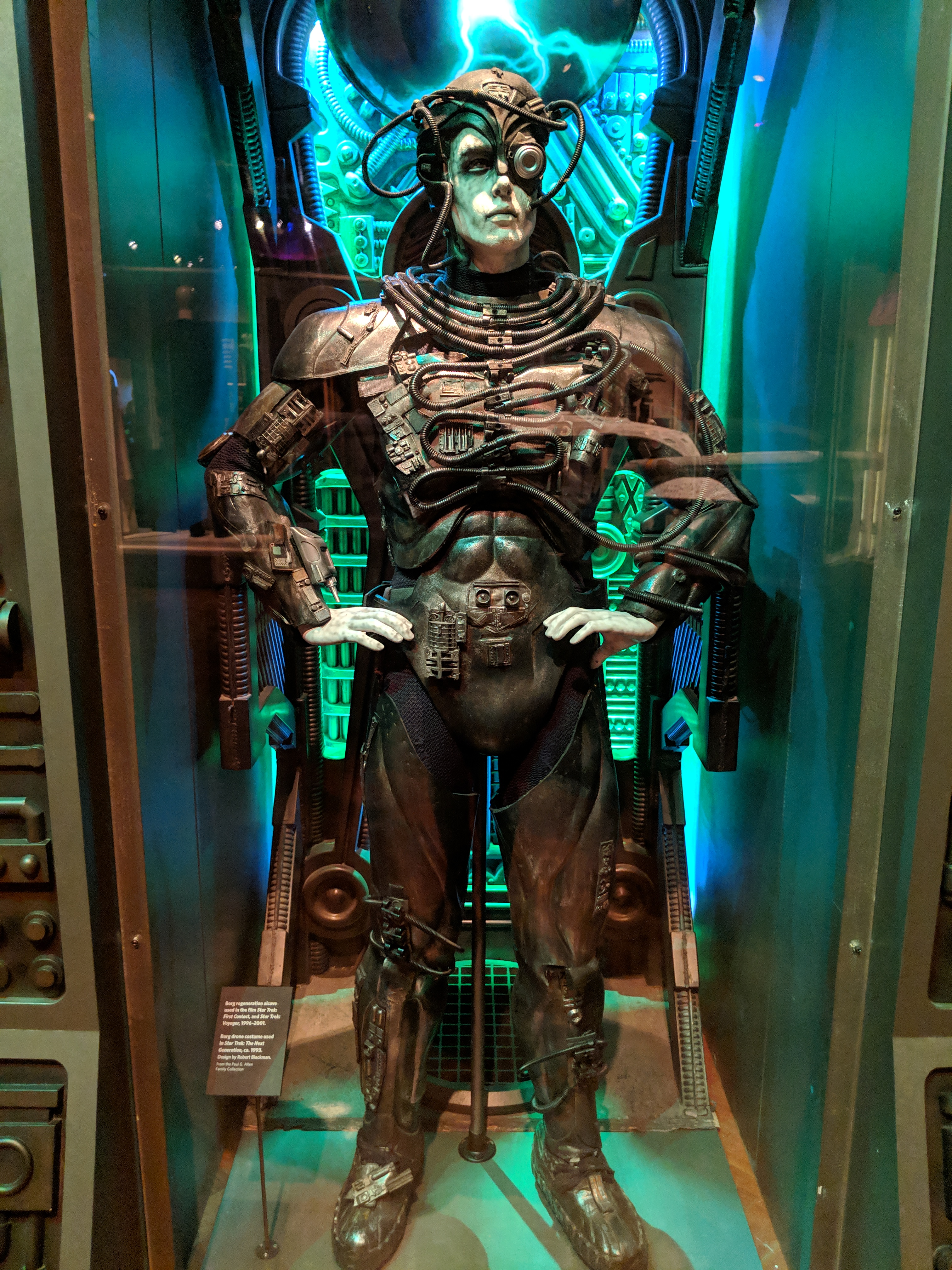 Photo of Borg alcove and Borg costume