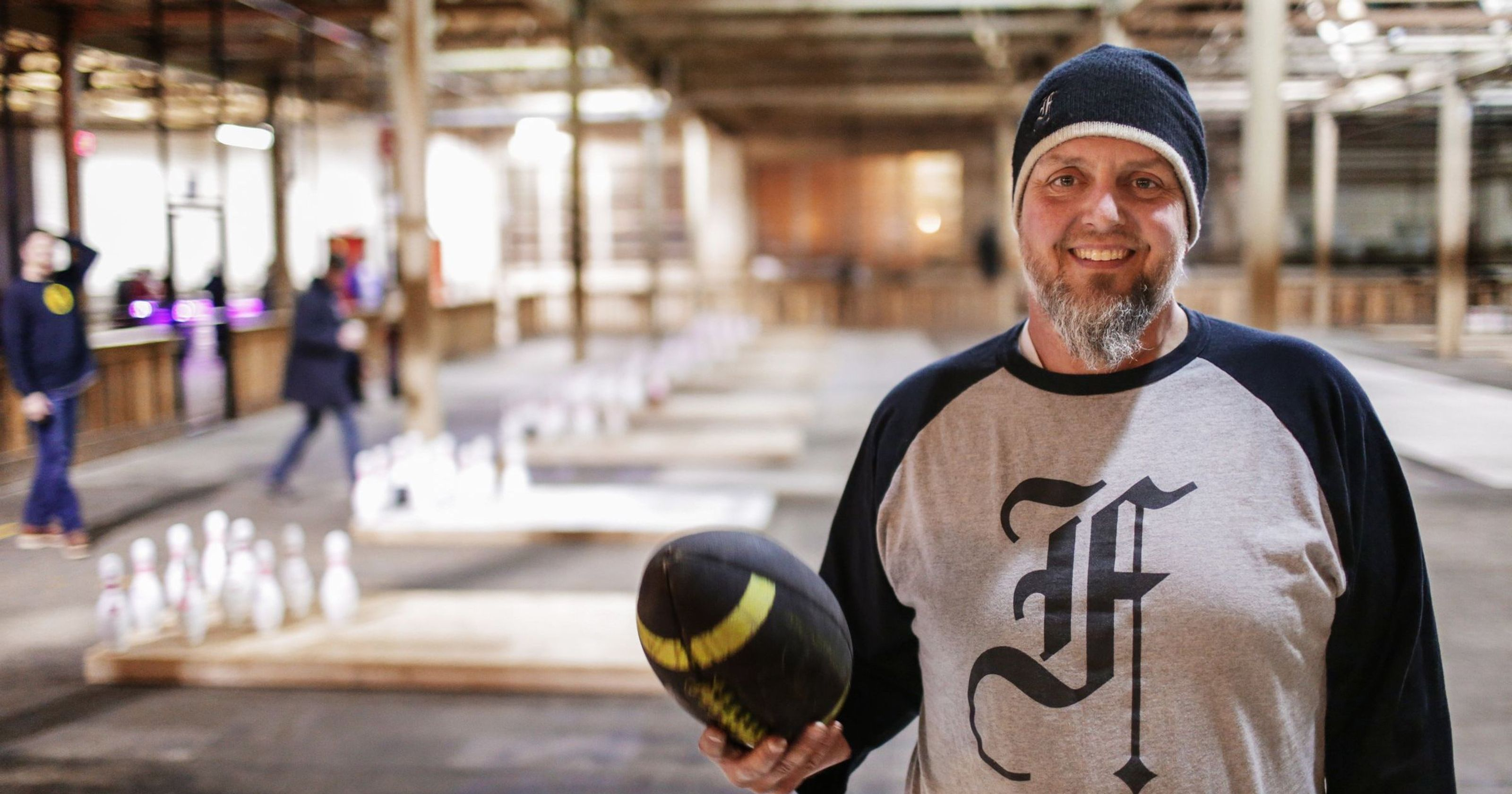 Image of Chris Hutt, owner of the Fowling Warehouse