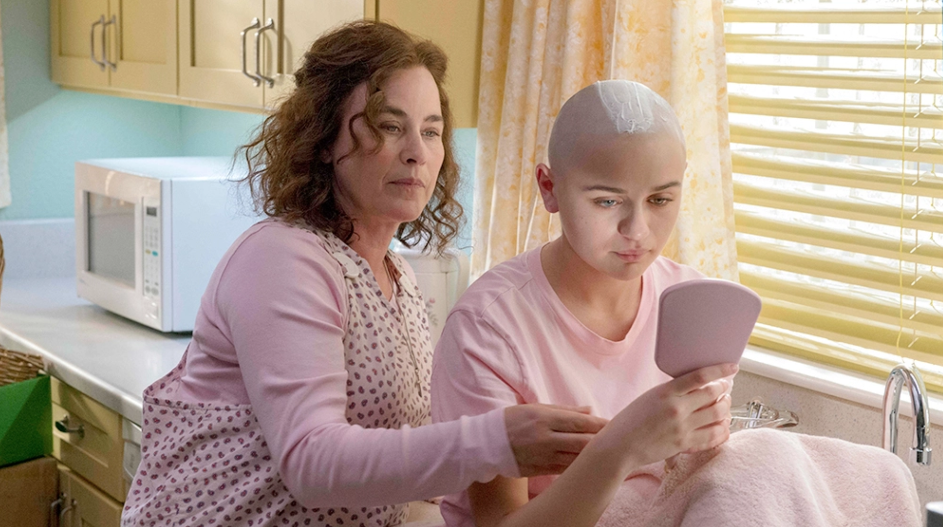 "Image of Patricia Arquette as Dee Dee Blanchard and Joey King as Gypsy in ""The Act"""