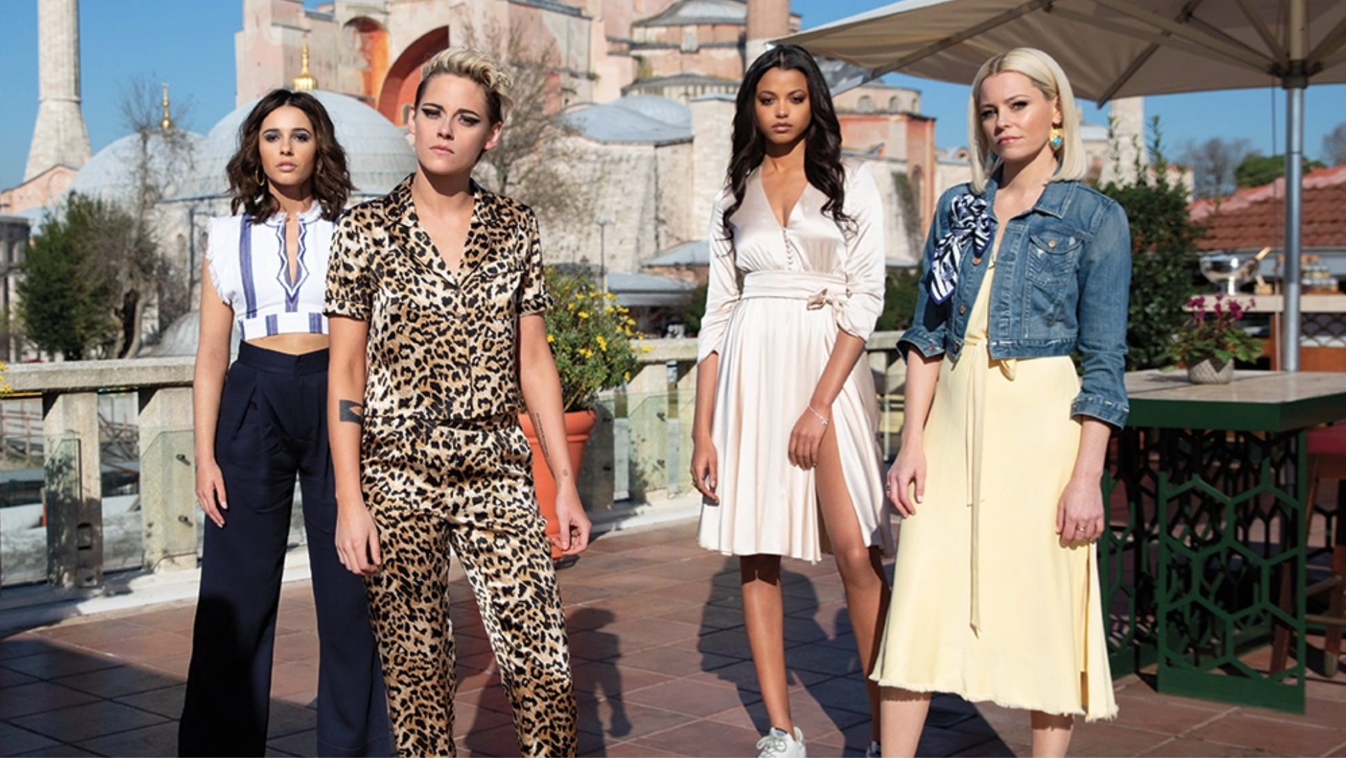 Image shows the cast of Charlie's Angels