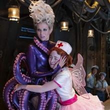 "Image of Esme and Carmelita from ""A Series of Unfortunate Events"""